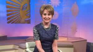 Jane Pauley replaces Charles Osgood as host of CBS Sunday Morning